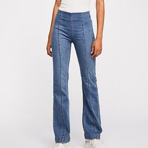 Free People High Rise Slim Pull on Flare 28